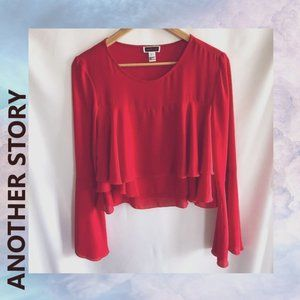 ANOTHER STORY Bell Sleeved Top